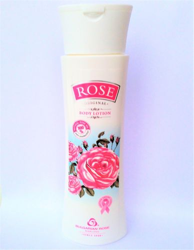 ROSE BODYLOTION med äkta rosenolja   240 ml